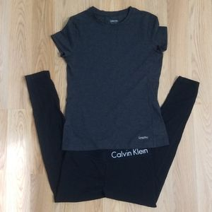 2 piece Calvin Klein Performance gym leggins  top